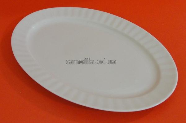 Блюдо овальное, белое