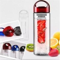 Бутылочка для фруктов и воды 700мл