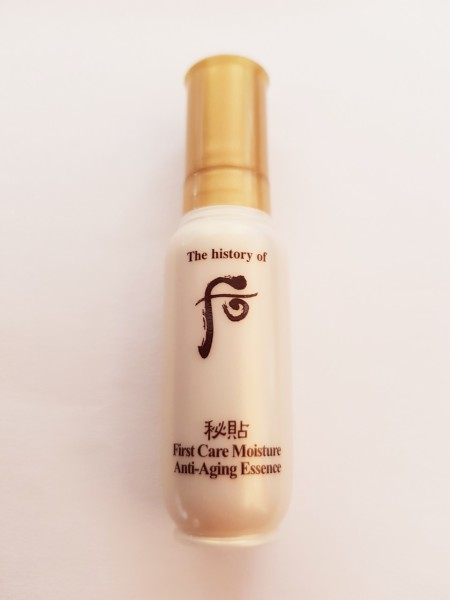 The History of Whoo First Care Moisture Anti-Aging Essence 8 ml