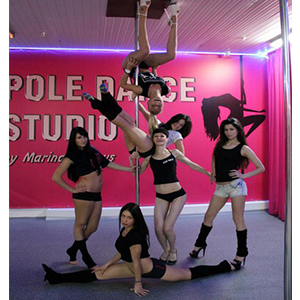 dance on the pole in the studio